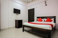 OYO 15896 Hotel Jal Mahal Haveli