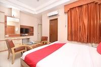 OYO 15906 Hotel Majha Flavours