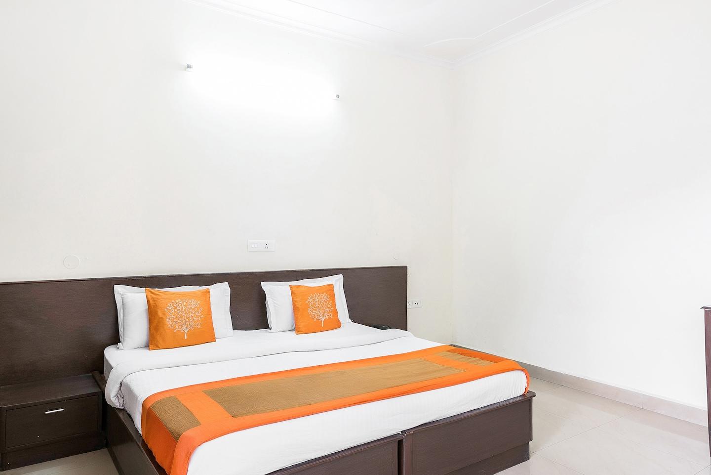 OYO 15929 Comfort Residency -1