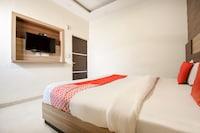 OYO 15947 Hotel Prabhat