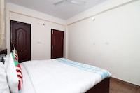 OYO Home 15958 Spacious 2BHK