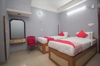 OYO 16041 Hotel Golden Moments