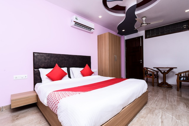 OYO Flagship 16044 Hotel 35th Avenue Sector 18
