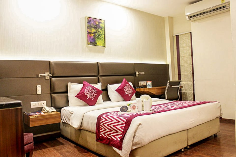 OYO 5324 Jrd Luxury Boutique Hotel