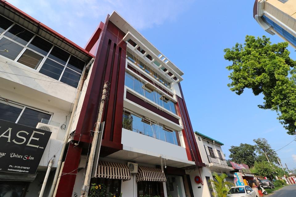 OYO Home 16069 Elegant Stay Rajpur Road