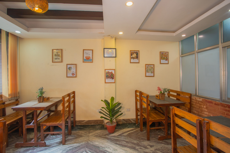 OYO 155 Sankata Hotel & Apartment