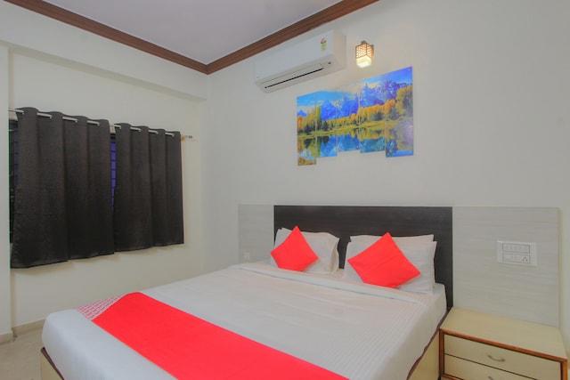 OYO 16107 Rigel Residency Suite