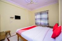OYO 16129 Hotel Taj Palace