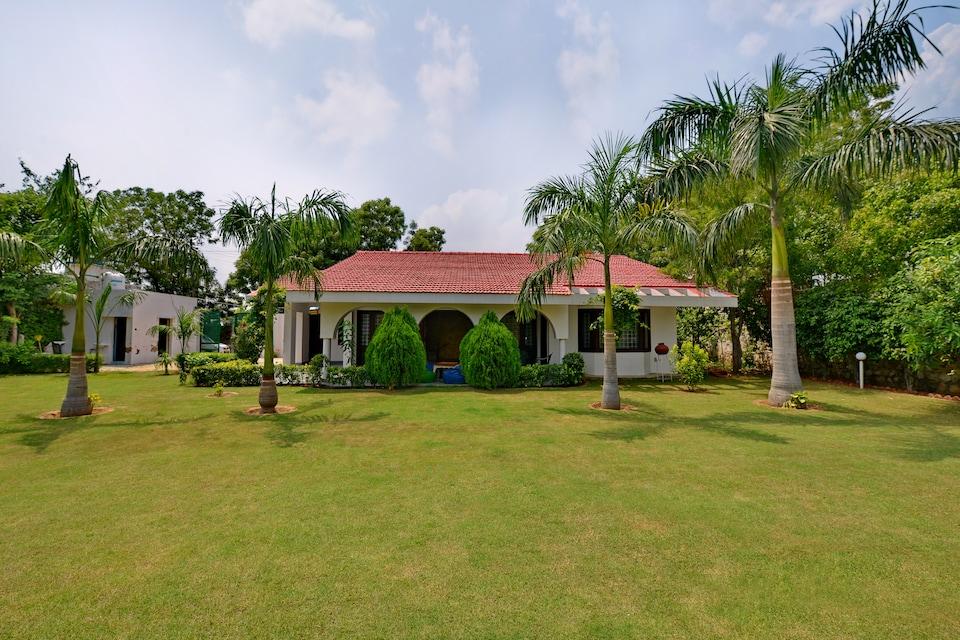 OYO 16133 2BHK Luxury Farmhouse