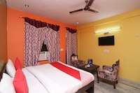 OYO 16146 Royal Guest House