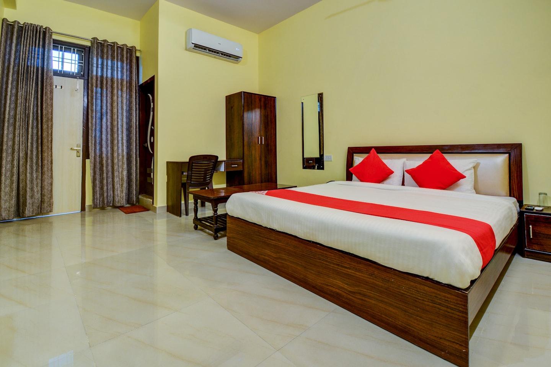 OYO 16150 Suraj Guest House -1