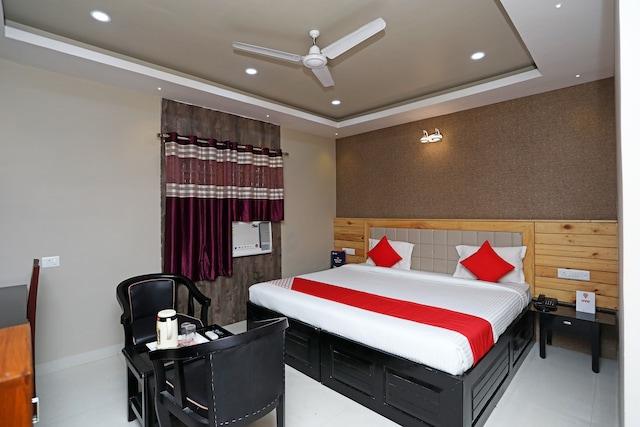OYO 16151 Manisha Residency