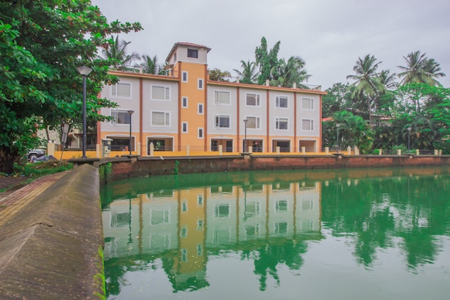 OYO 16157 Casa Laguna Lake View