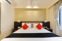 Capital O 16172 Hotel Radiant Suite