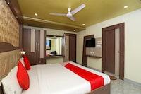 OYO 16173 Hotel Dk