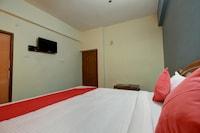 OYO 16345 PKN Residency