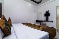 OYO 16359 Sheela Inn