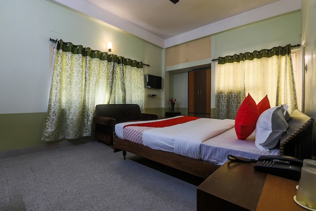 OYO 16396 Riverview Guest House