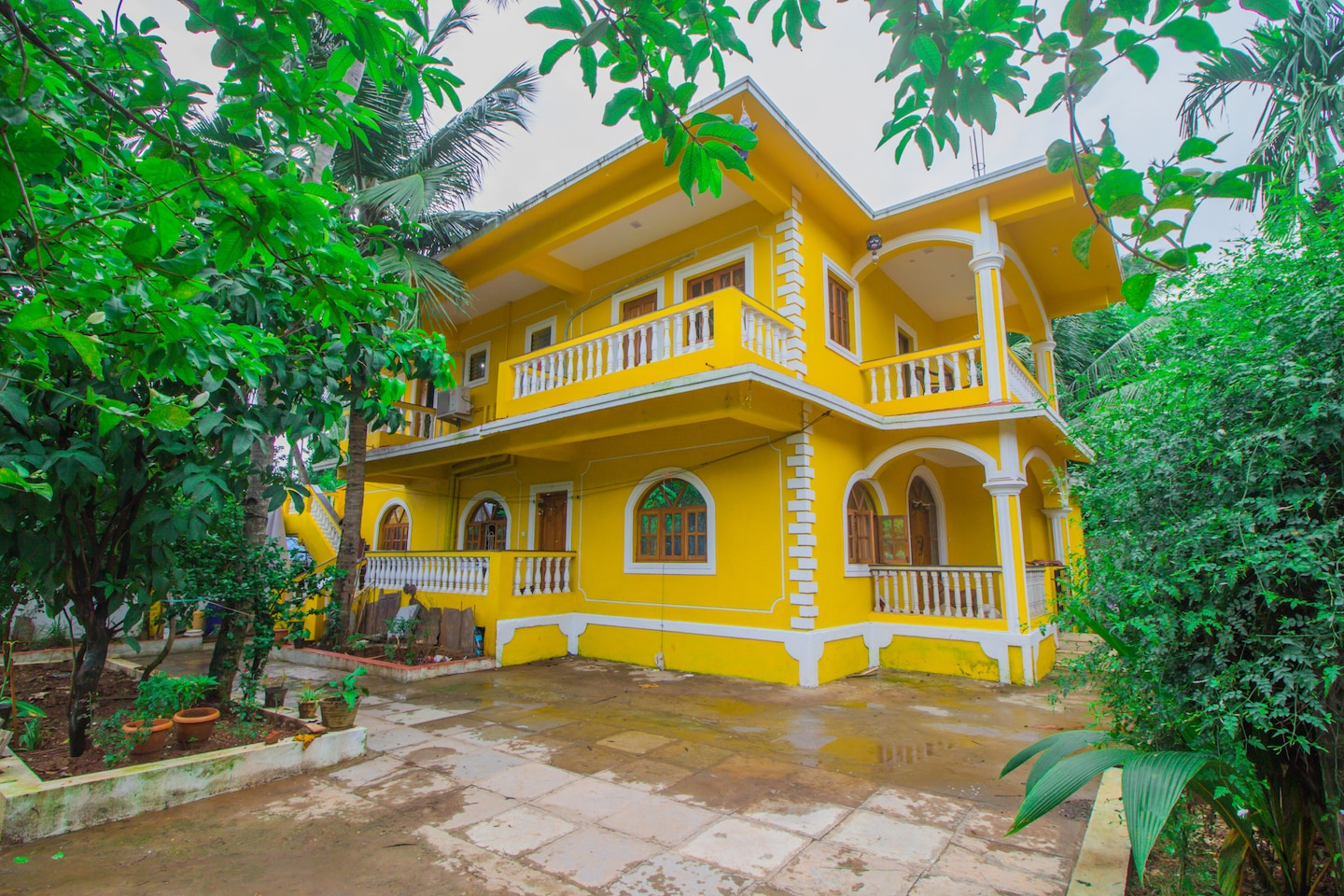 OYO 16401 Home Colorful Studio Calangute Beach -1