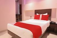 OYO 16428 Hotel Comfort Inn