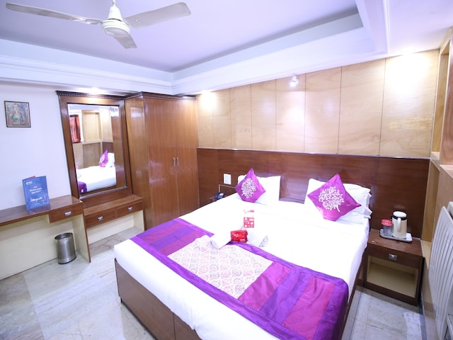 OYO Rooms 008 Near Nagar Nigam Office