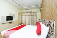 OYO 16472 Hotel Shree Balram International