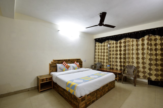OYO Home 16523 Premium Stay