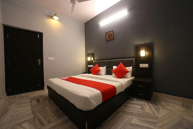 OYO 16536 Hotel Vasko