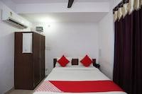 OYO 16548 Viram Hotel