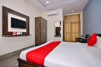 OYO 16577 Raj Shree Guest House
