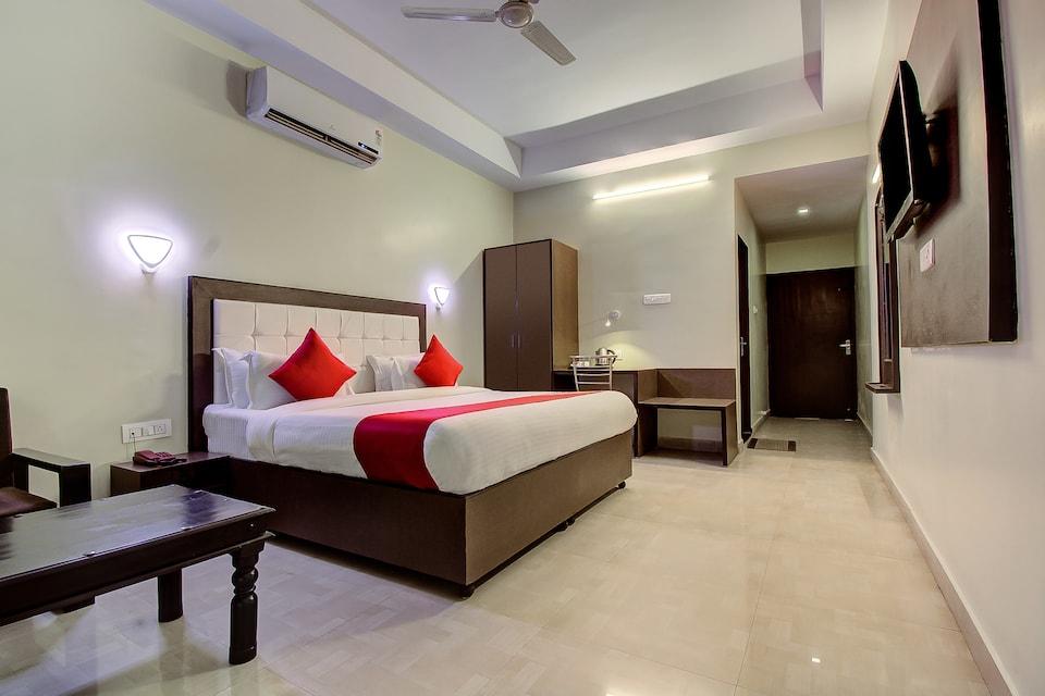 Capital O 16579 Hotel Dream Palace, Jaipur Airport, Jaipur