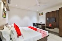 OYO 16604 Hotel Sparsh Inn