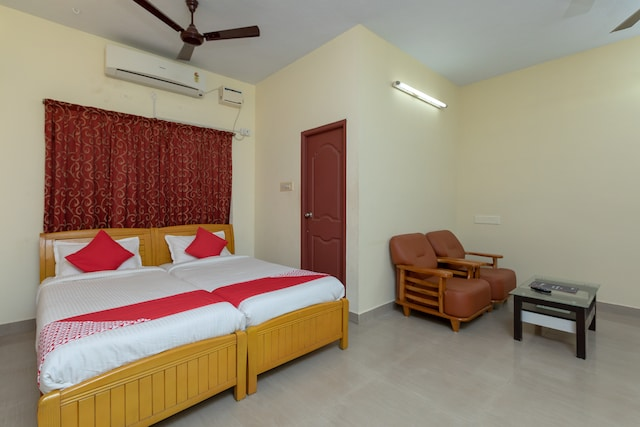 OYO 16622 Vasantham Guest House