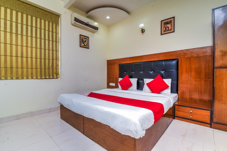 OYO 528 Hotel Neptune Residency -1
