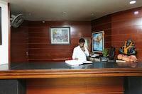OYO 16647 Hotel Batra Palace