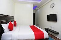 OYO 16688 Hotel Near Apna Bazaar