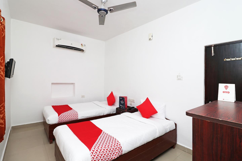 OYO 16690 Namo Buddha Hotel -1
