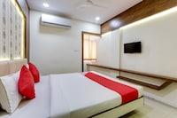 OYO 16733 Hotel Sunshine