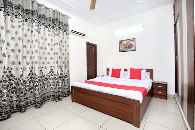 OYO 16735 Gaurav Residency