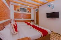 OYO 160 Hotel Shraddha Palace