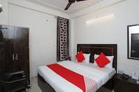 OYO 16815 Hotel Suresha