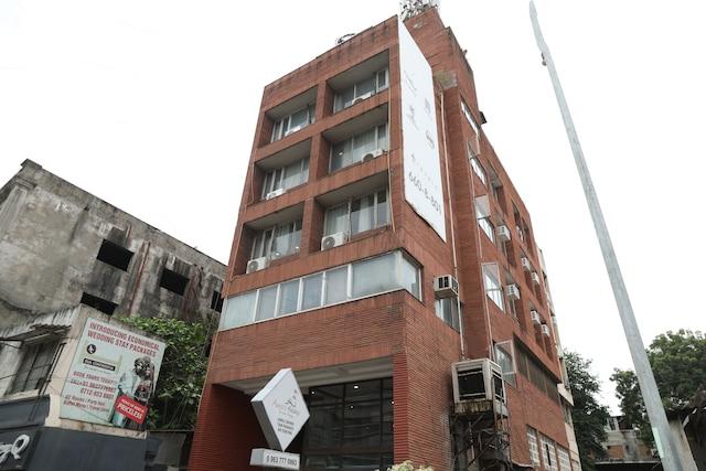 OYO 16862 Flagship Hotel Dua Continental