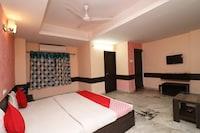 Capital O 16872 Chakra Nayan Tara