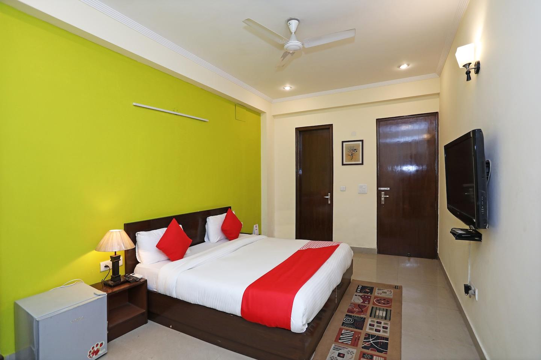 OYO 2797 Hotel Shalom Residency -1