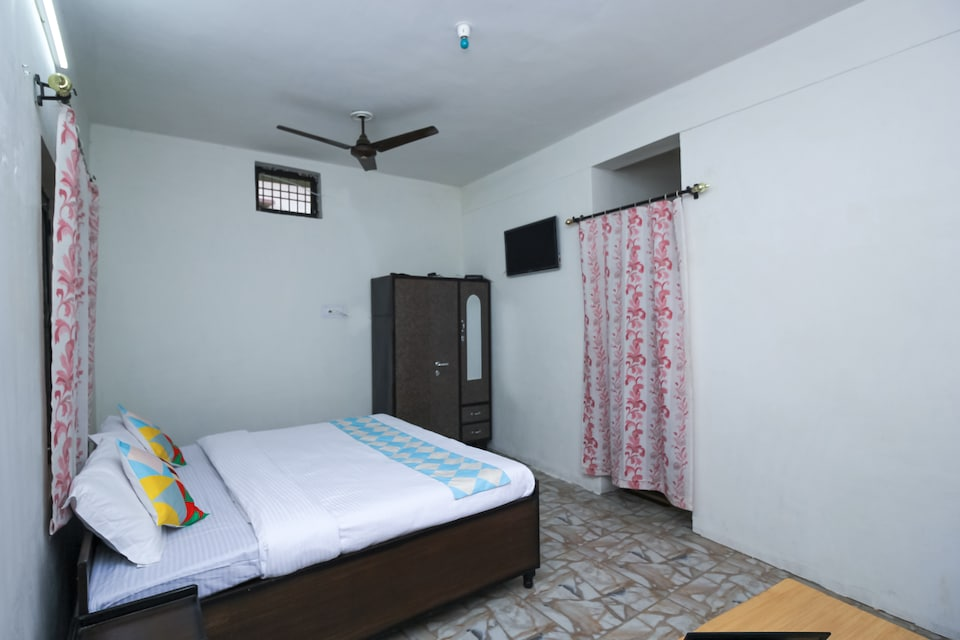 OYO Home 16908 Cozy Stay