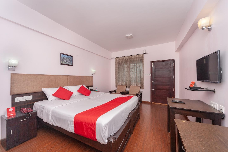 OYO 16912 Hotel Selva Ganapathy's Nest -1