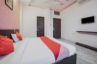 OYO 16914 Hotel Kiran Shree