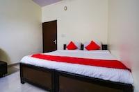 OYO 16940 Hotel Royal Murli