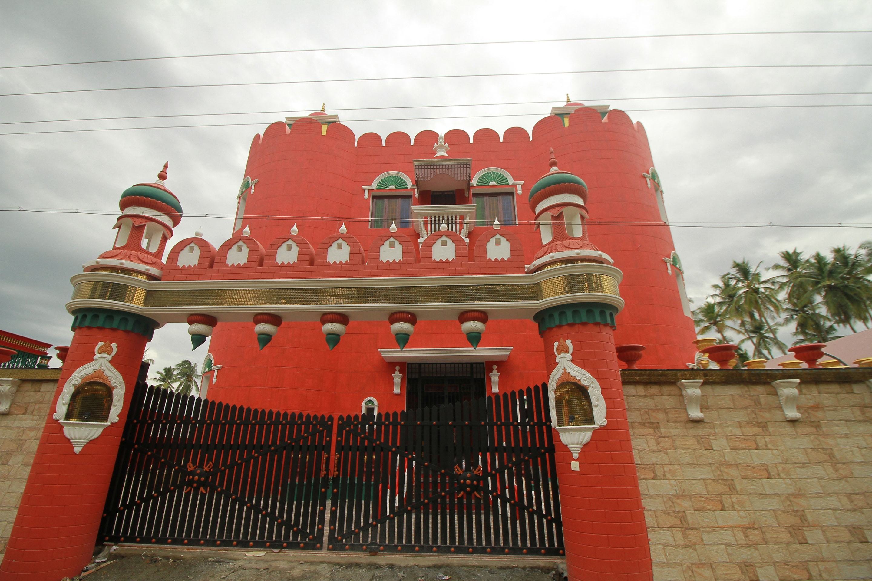OYO Home 16942 Luxurious Stay