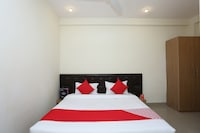 OYO 16952 Easy Stay Deluxe